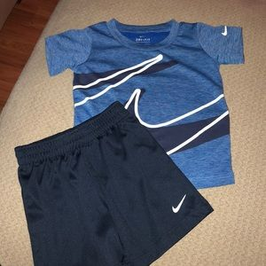Nike outfit 24 mos